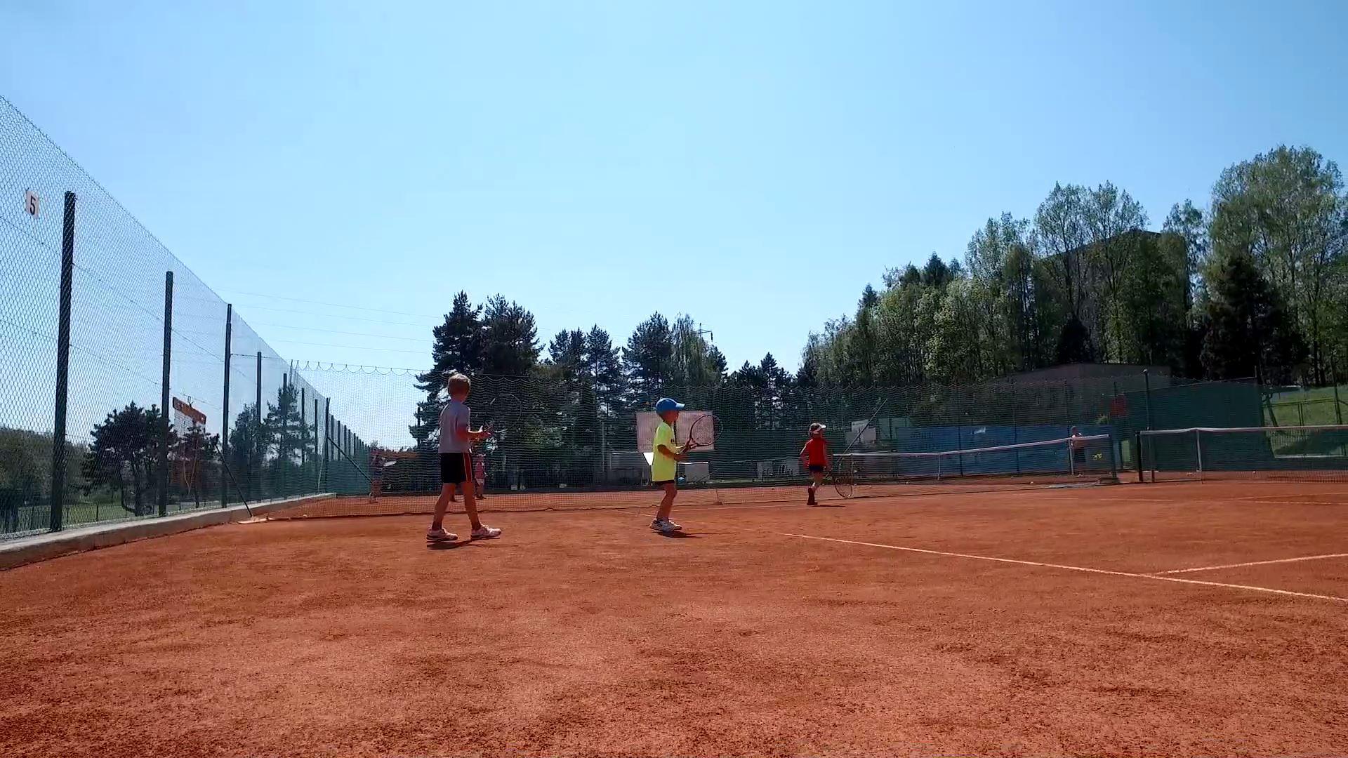 tenisovekurty